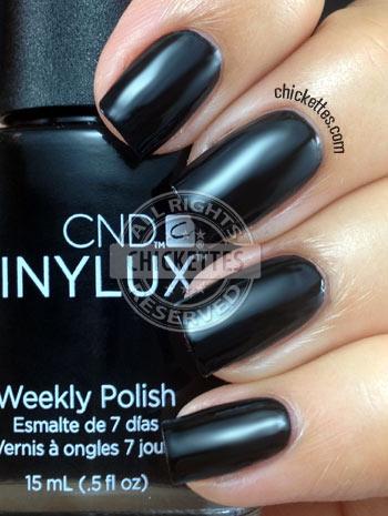 CND Vinylux Black Pool