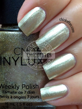 CND Vinylux Locket Love